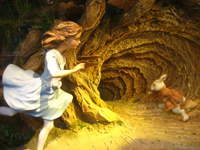 Down the Rabbit Hole (CC BY-SA 2.0) by Valerie Hinojosa